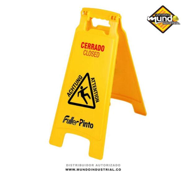 Señal de prevención piso mojado